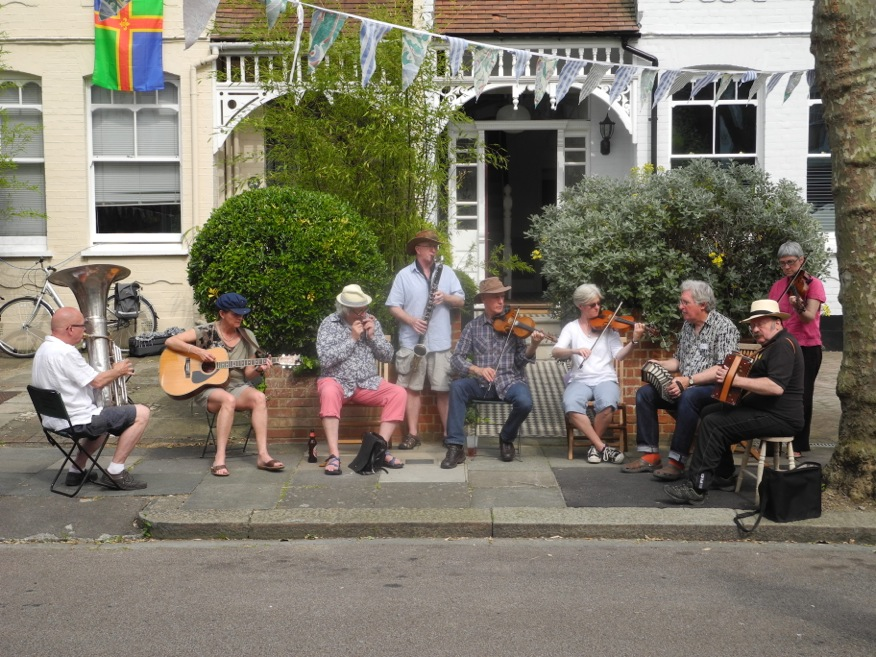 the folk group playing at the 2014 Warner Road street party